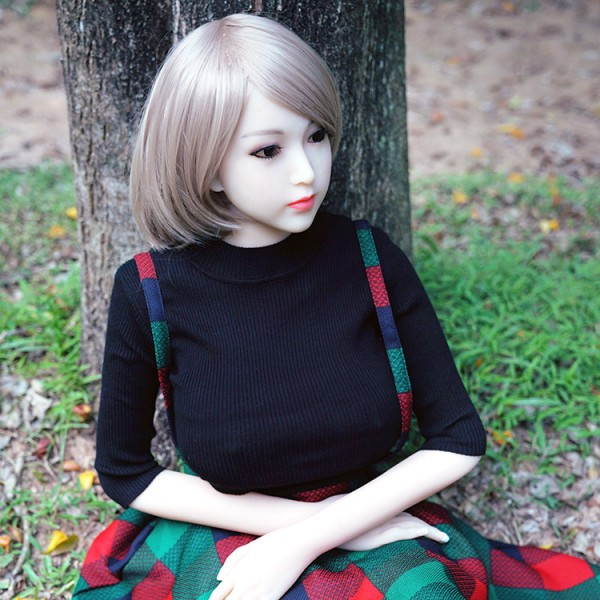 Liebespuppe Tori