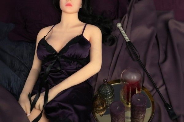50 Shades of Real Doll Puppe