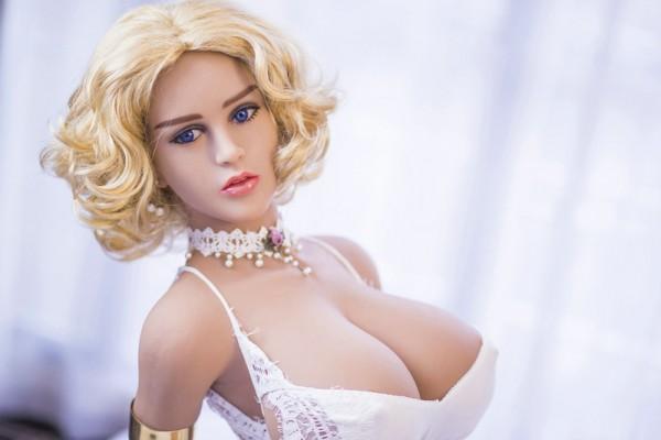 Sexpuppe Dorothy