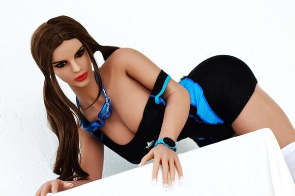 Real Doll Bettina