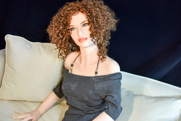 Real Doll Toni-160 cm D Cup, inkl. Intimbehaarung & Standfunktion, Auf Lager!