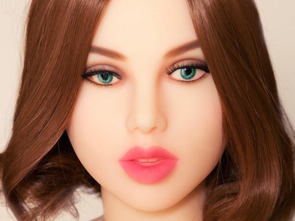 Liebespuppe Camilla