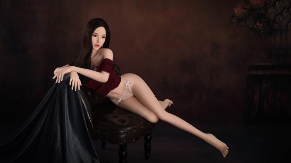 Sexpuppe Yoko