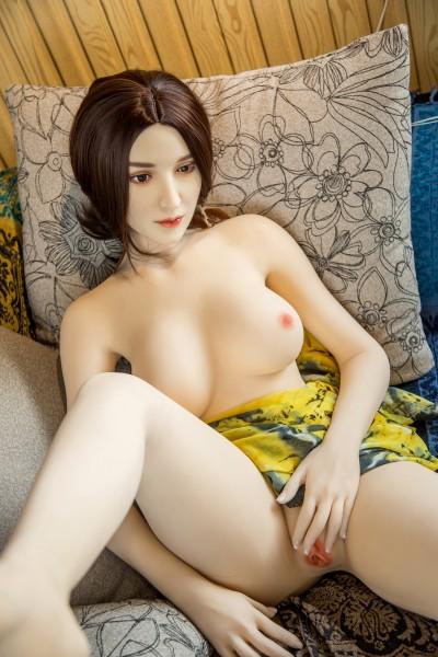 Solina von Qita Doll