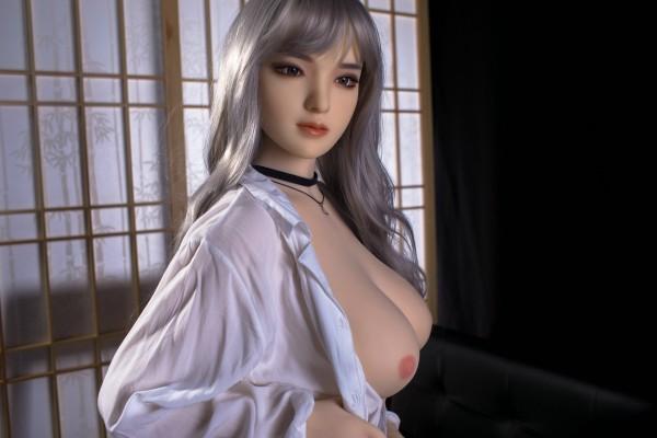 Adele von Qita Doll