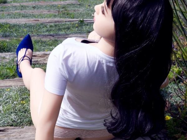 Liebespuppe Leana