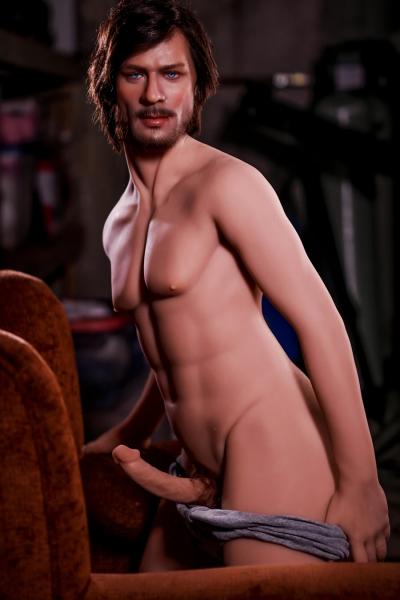 James von 6YE Doll