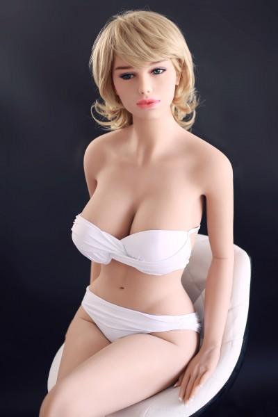 Sexpuppe Maya