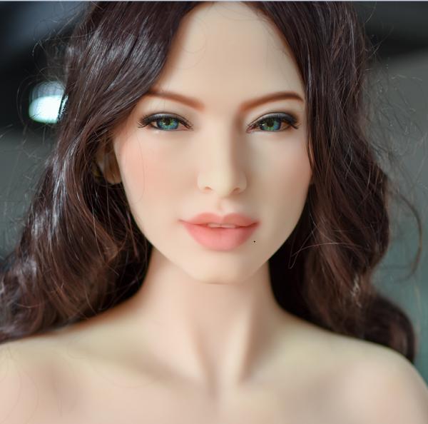 Nadine von 6YE Doll